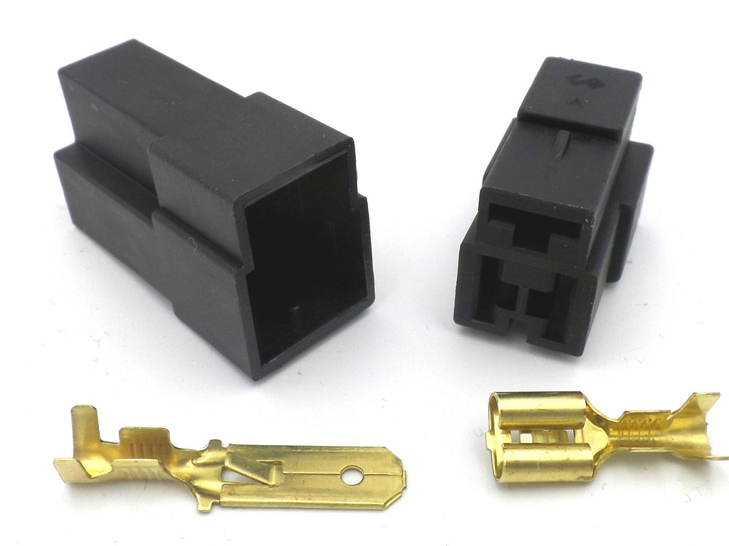 6.3mm 3 Way 12v Automotive Wiring Loom Connector in Black