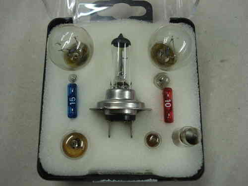 Automotive H7 Emergency Bulb Kit with Fuses