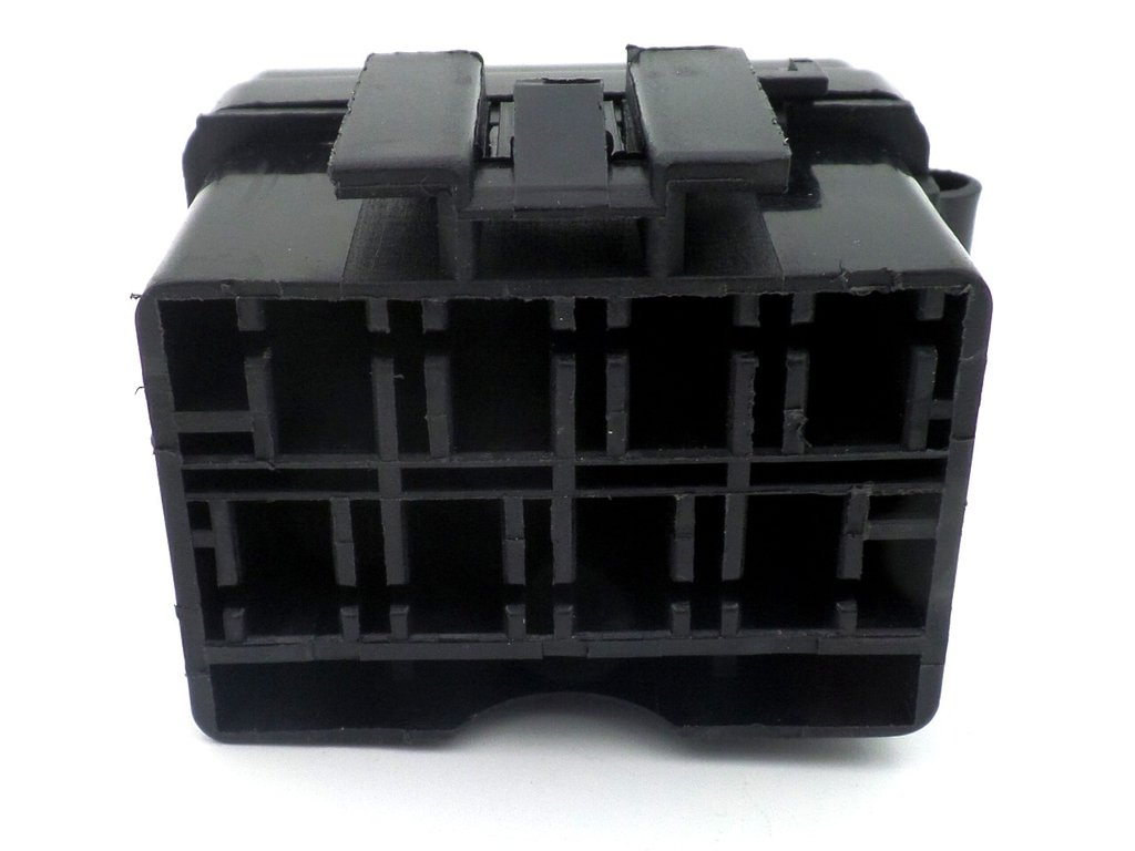 Way motorcycle bottom entry blade fuse box with terminals