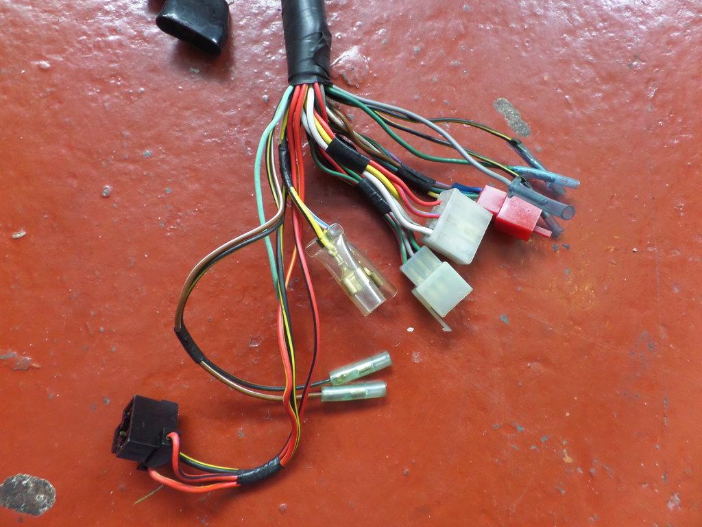 Kawasaki Wiring Harness Connectors Electrical Diagram Hyundai Gt750 Z750 P4 Main Loom Used 26001 1655
