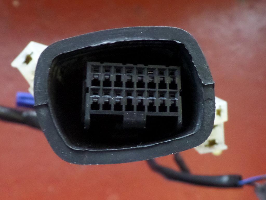 Used Yamaha R1 4c8 Headlight Loom Wiring 84359 00 Harness