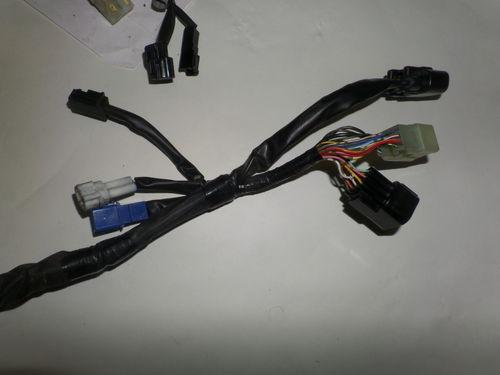 USED Yamaha R1 14B Main Harness Wiring Loom Harness 14B-82590-02 on yamaha r1 relay, yamaha r1 diagram, yamaha r1 fuel pump, yamaha r1 brakes, yamaha r1 lights, yamaha r1 manual, yamaha r1 turn signals, yamaha r1 forum,