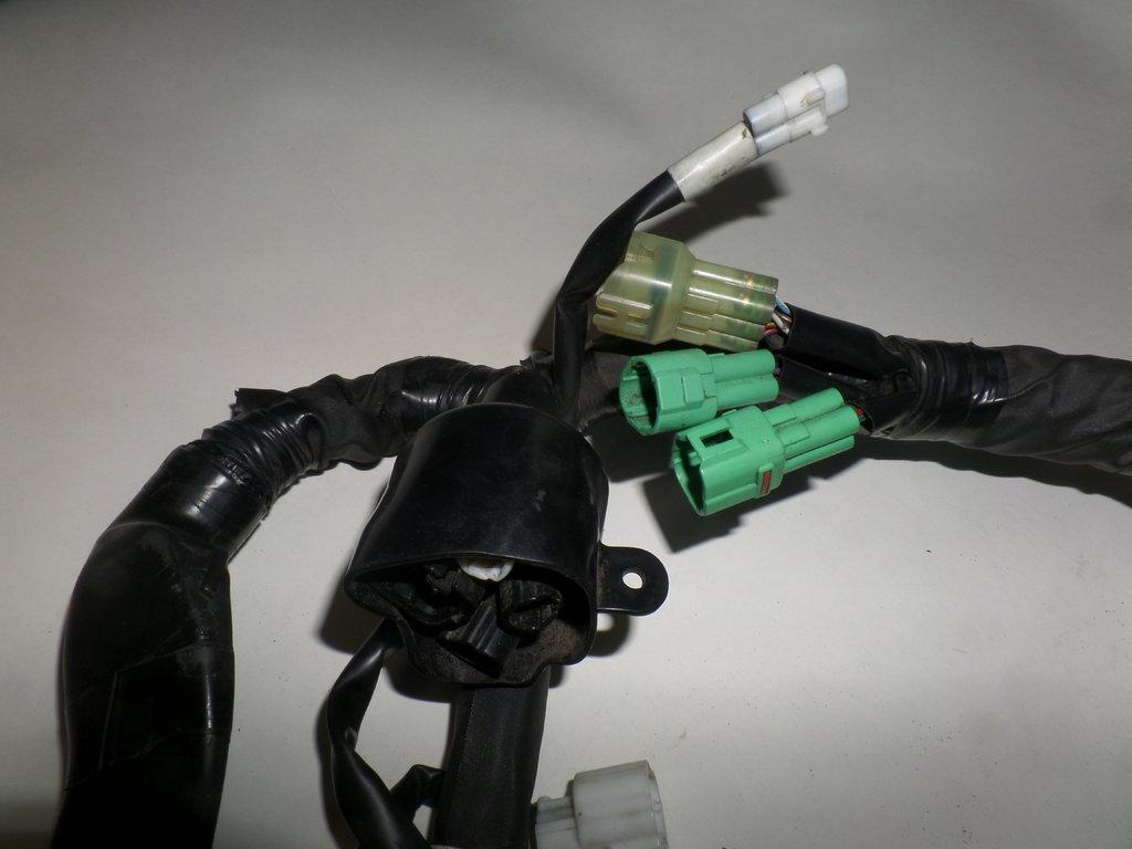 Used Yamaha R1 14b Main Harness Wiring Loom 82590 02 2010