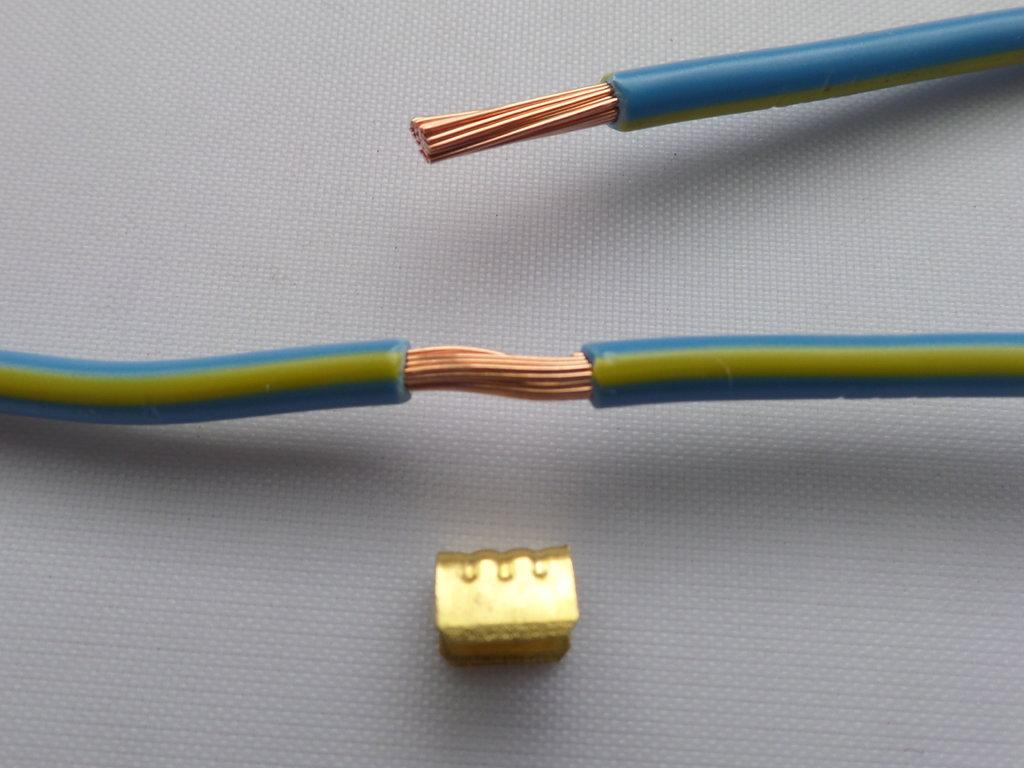 0.5mm² - 10mm² U Joint Automotive Cable Brass Crimp 300 Parts