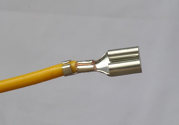 6.3mm_connector_second_crimp
